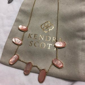 Kendra Scott Meadow Necklace in Peach Pearl.